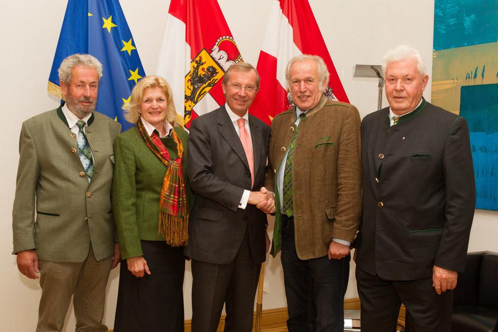 Franz Lindner, GS Gabriele Beran, LH Dr. Wilfried Haslauer, Landesschützenkomman..