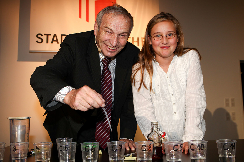 Heinz Oberhummer beim Versuch