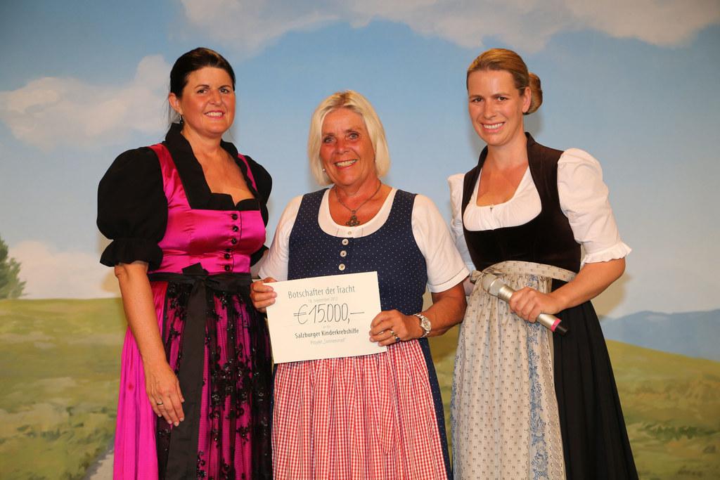 LHF Gabi Burgstaller, Heide Janik (Kinderkrebshilfe) und Anna Tostmann