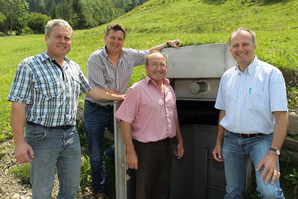 Trinkwasserberater Christian Gründlinger, Vize Bgm. Kornel Grundner, Eigentümer ..