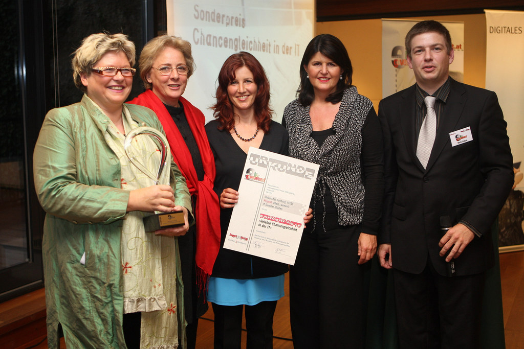 'ebiz egovernment award Salzburg' an die Preisträger überreicht