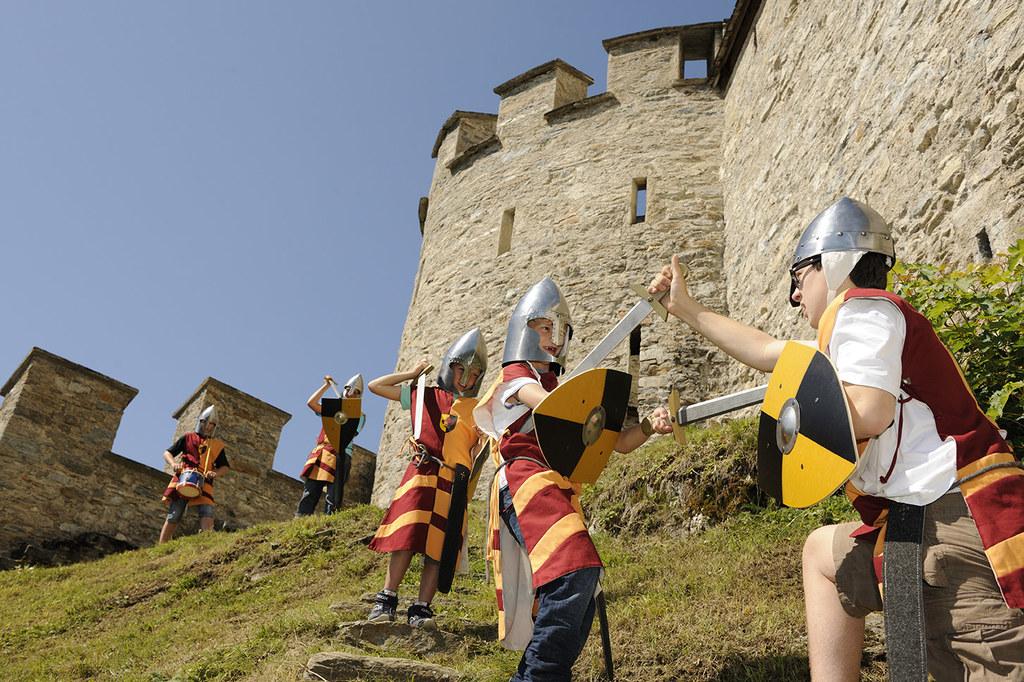 Kinder-Ferienprogramm auf der Burgerlebnis Mauterndorf