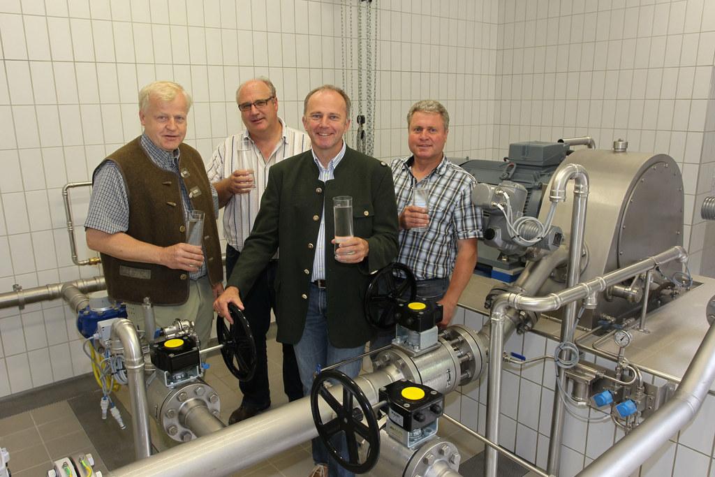 Vize Bgm. Alfred Gappmaier, OM Wassergenossenschaft Dorf Saalbach Helmut Wimreit..