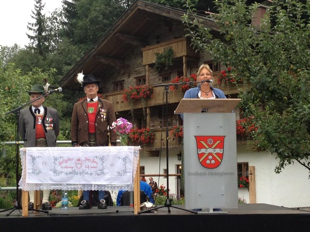 Bild v. li.: Pinzgauer Gaumajor Willi Bacher,  Obmann der Glemmerschützen Hannes..