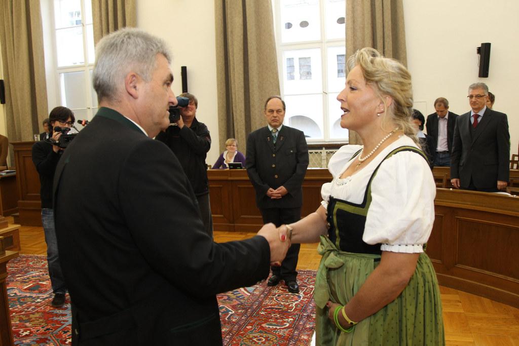Dr. Tina Widmann als neue Landesrätin angelobt