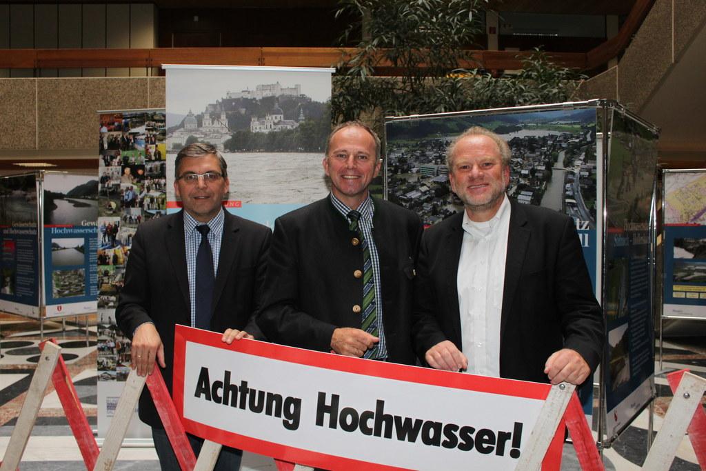 Abteilungsleiter Hofrat Dipl.-Ing. Dr. Josef Schwaiger, Landesrat Sepp Eisl und ..