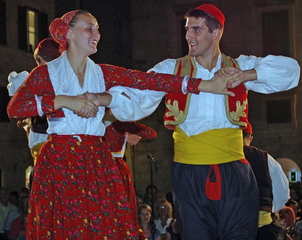 Volkskulturelle Kontakte zwischen Salzburg und Kroatien