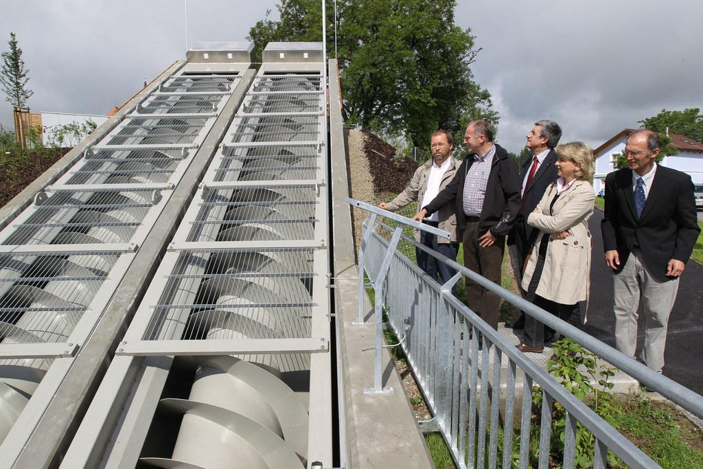 Besichtigung des Pumpwerks für den Hochwasserschutz in Oberndorf