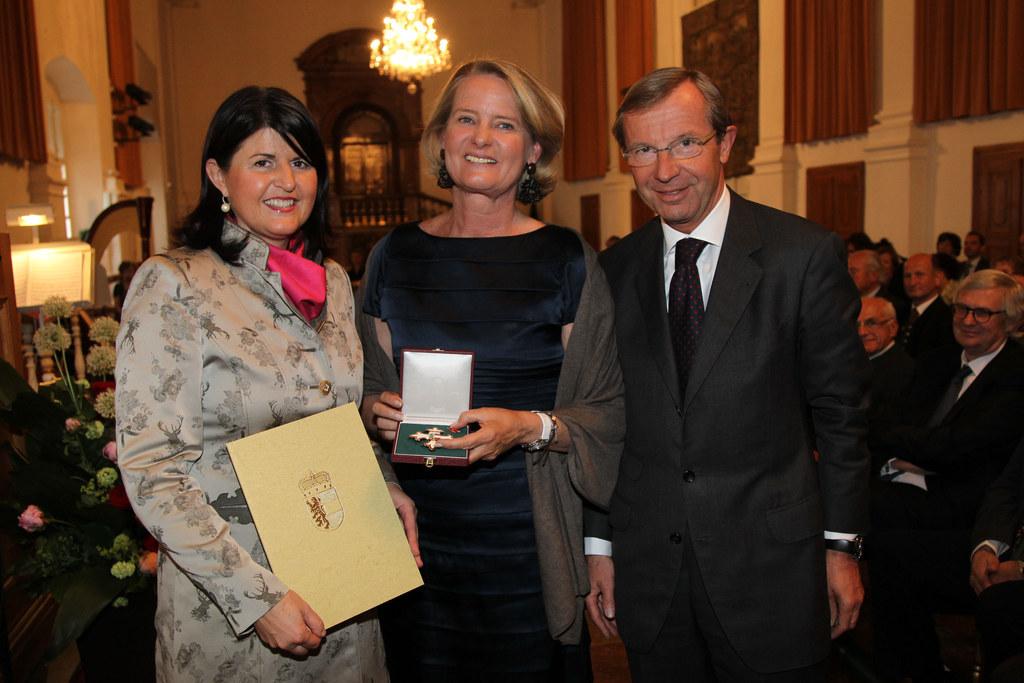 Ehrenzeichen des Landes für Doraja Eberle