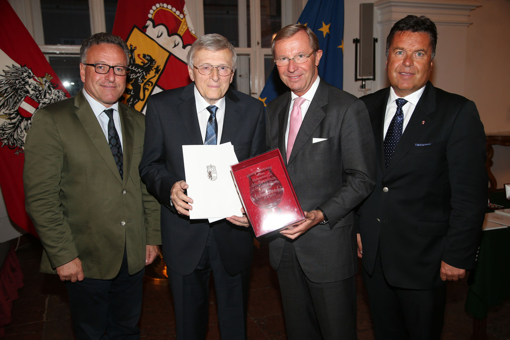Landeshauptmann Dr. Wilfried Haslauer, Landesrat Dr. Heinrich Schellhorn und Lan..
