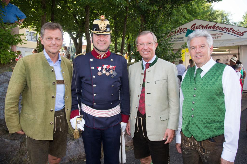 LAbg. Mag. Hans Scharfetter, Hauptmann Cyriak Steiner, Landeshauptmann Dr. Wilfr..