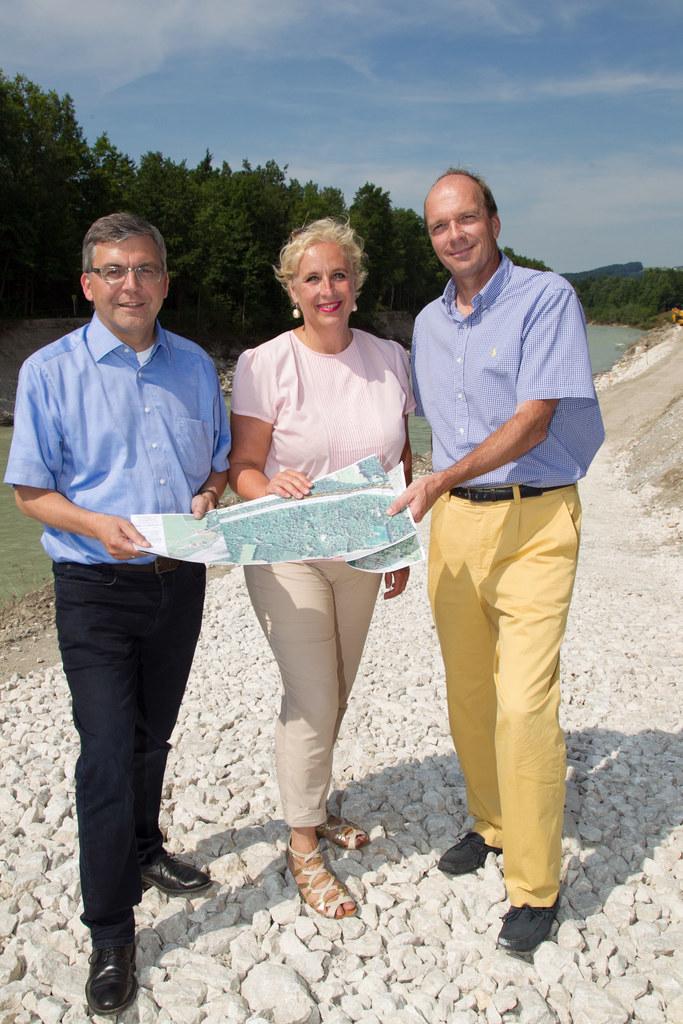 Bild v.li.: Landesrat Dipl.-Ing. Dr. Josef Schwaiger, Stadträtin Mag. Claudia Sc..
