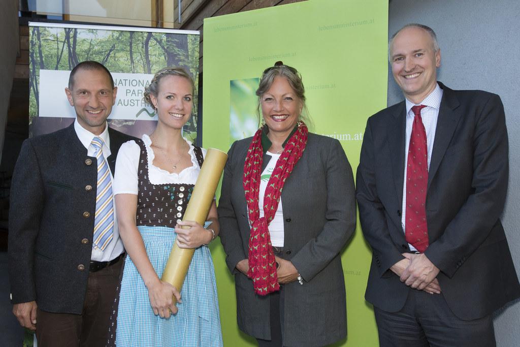 Der Nationalpark-Forschungspreis wurde an die Pinzgauerin Magdalena Bernsteiner ..