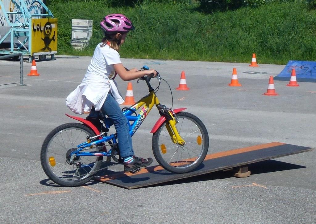 Tipps für den sicheren Schulweg mit dem Fahrrad