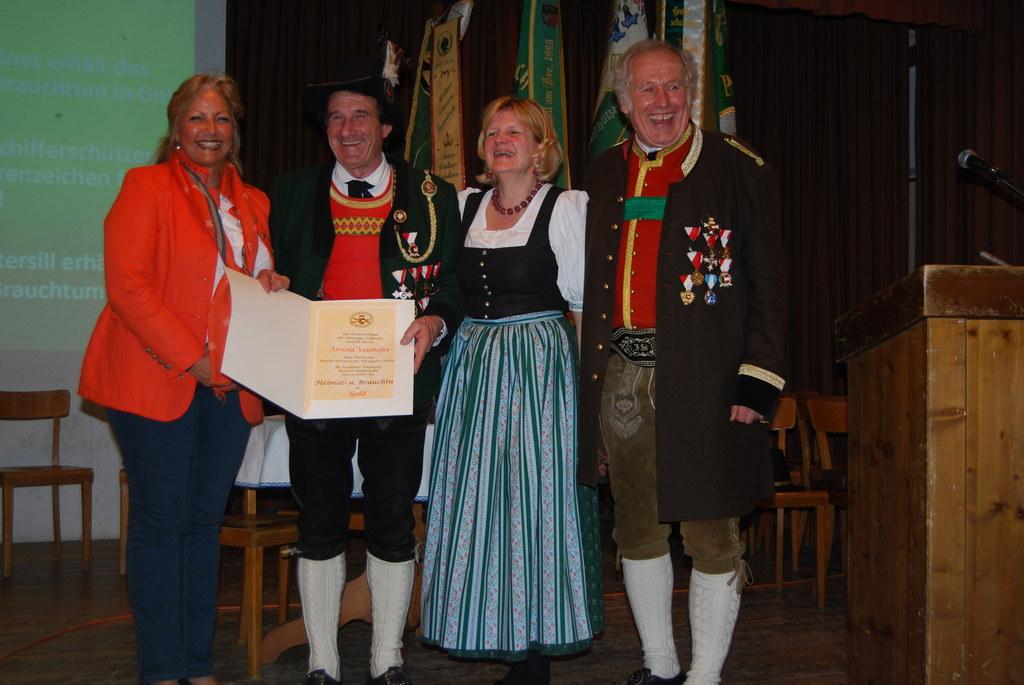Tina Widmann, Arnold Voithofer, Schützenhauptmann Histor. Schützenkompanie Mitte..