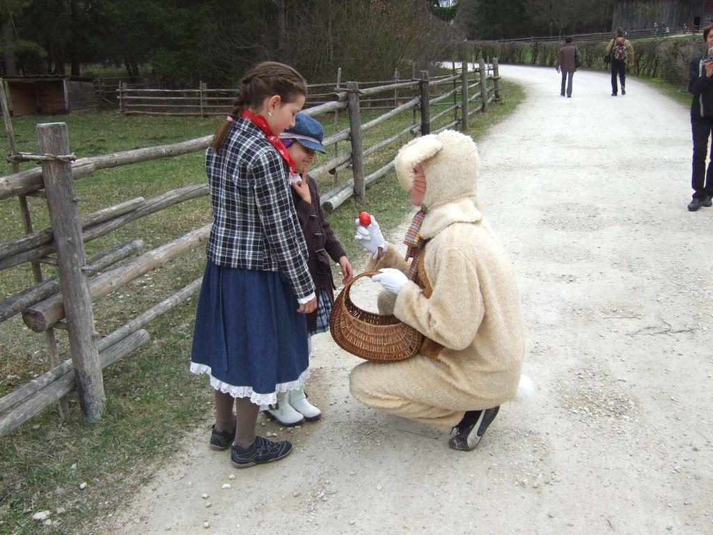 Der Osterhase kommt ins Salzburger Freilichtmuseum