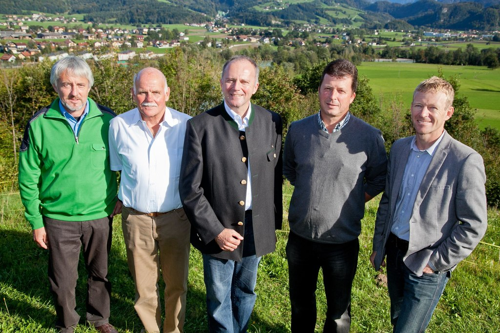 Rudolf Windhager, WLV; Robert Bauer, Obmann Wassergenossenschaft Kertererbach;  ..