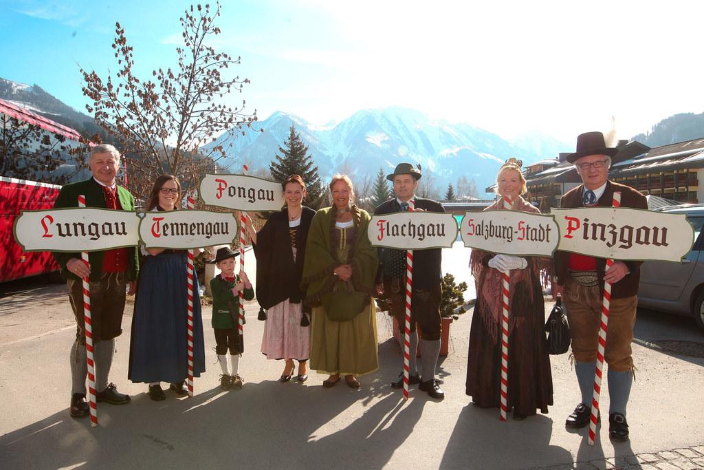 v.l.:  Edi Fuchsberger, Barbara Lackner, Johannes Strobl Labg. Walli Ebner, LR T..
