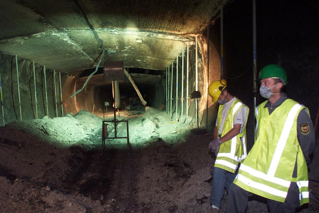 Den Einsatzkräften bot sich im Tauerntunnel ein schreckliches Bild.