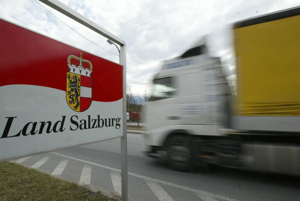 Lkw-Fahrverbot auf dem Kleinen Walserberg wechselt die Seiten