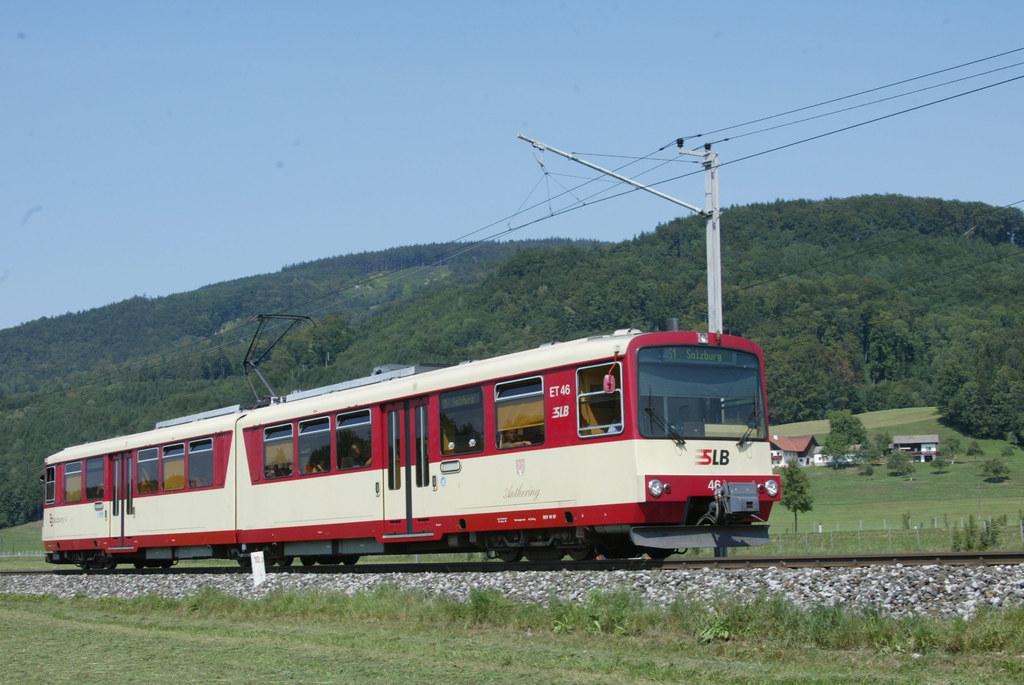Durch den zweigleisigen Ausbau der Salzburger Lokalbahn wird ein Viertelstundent..