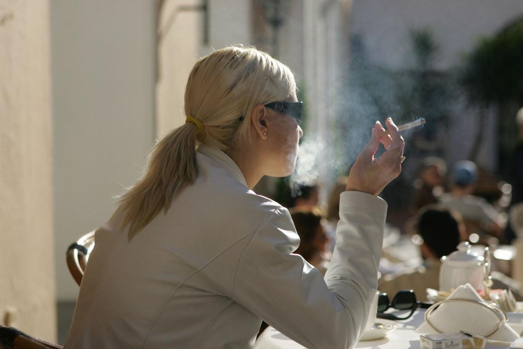 Mit dem neuen Jugendgesetz soll das Alter für den Konsum von hochprozentigem Alk..