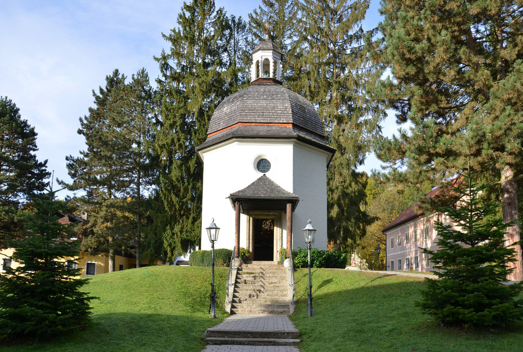 Auch in Oberndorf, hier die Stille-Nacht-Kapelle, findet ein Kurs