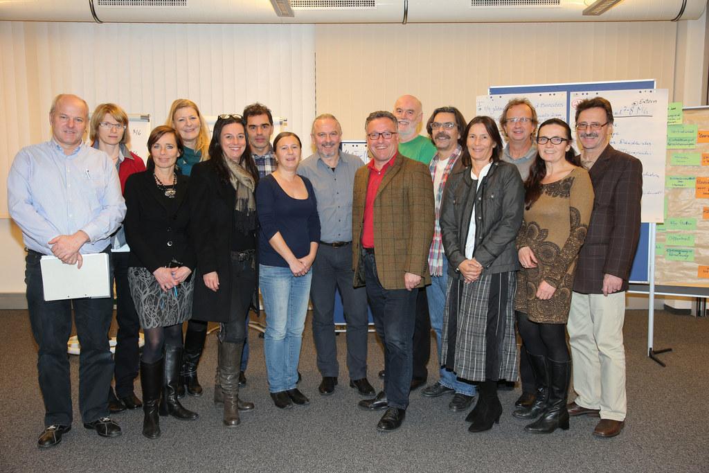 Landesrat Dr. Heinrich Schellhorn mit dem Beirat für psychosoziale Gesundheit