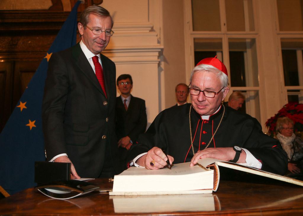 Landeshauptmann Dr. Wilfried Haslauer  und Erzbischof Dr. Franz Lackner