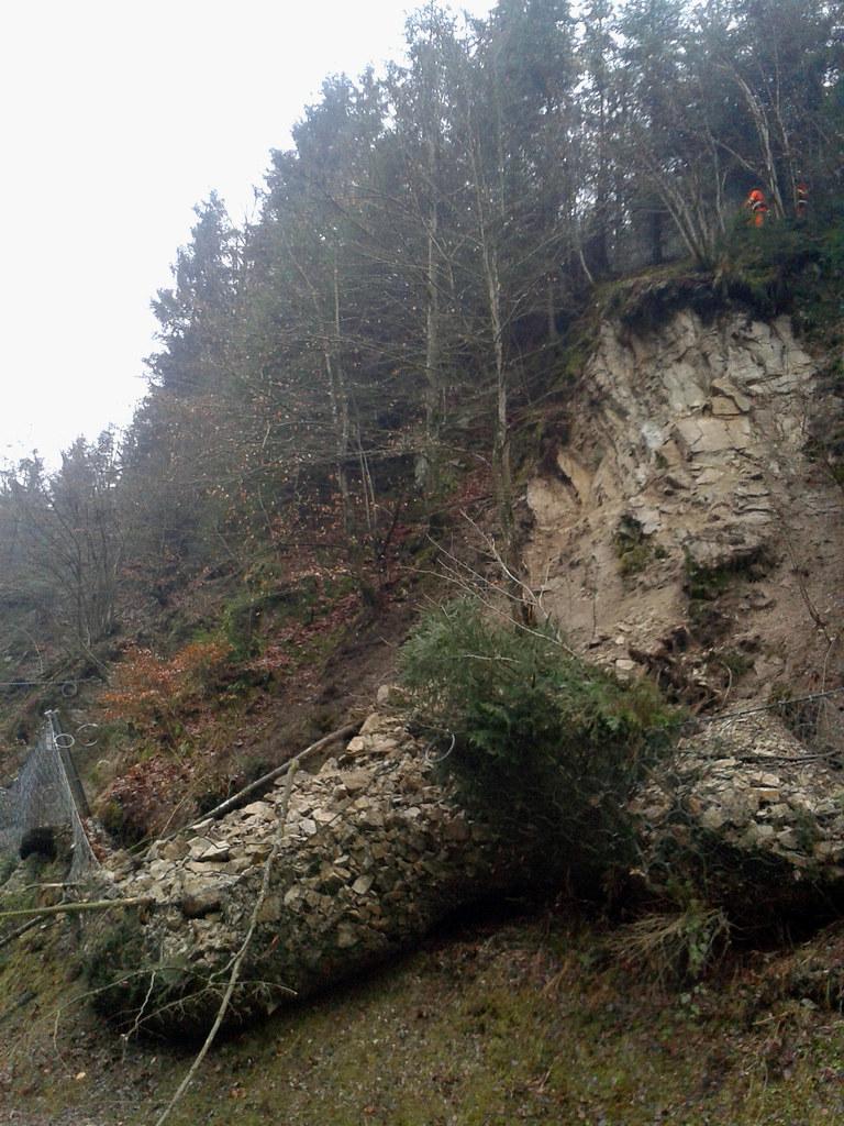 Felssturz an der Katschbergstraße B 99 zwischen Hüttau und Pöham