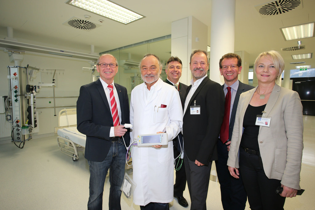 LH-Stv. Dr. Christian Stöckl, Dr. Univ. Prof. Rudolph Pointner Ärztlicher Leiter..