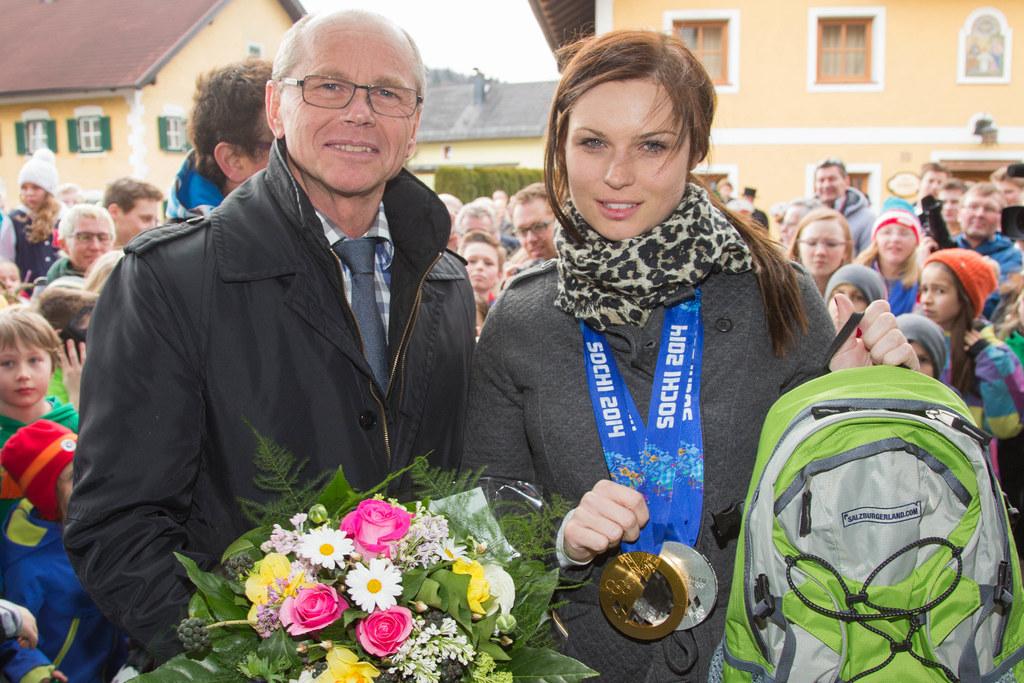 Landeshauptmann-Stellvertreter Dr. Christian Stöckl und Anna Fenninger