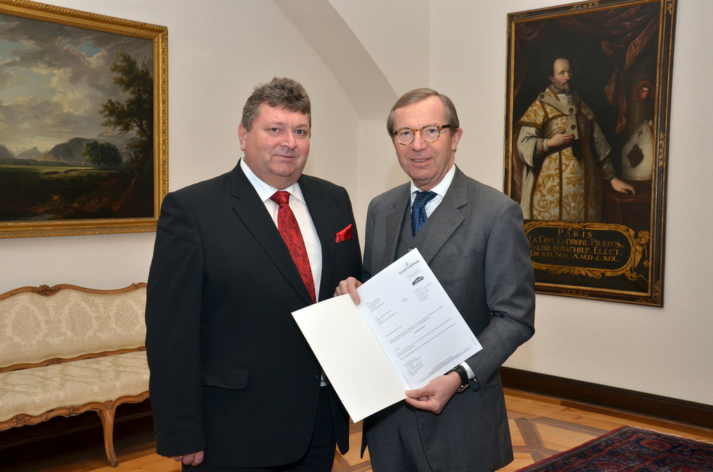 Dr. Wolfgang Kirchtag und Landeshauptmann Dr. Wilfried Haslauer