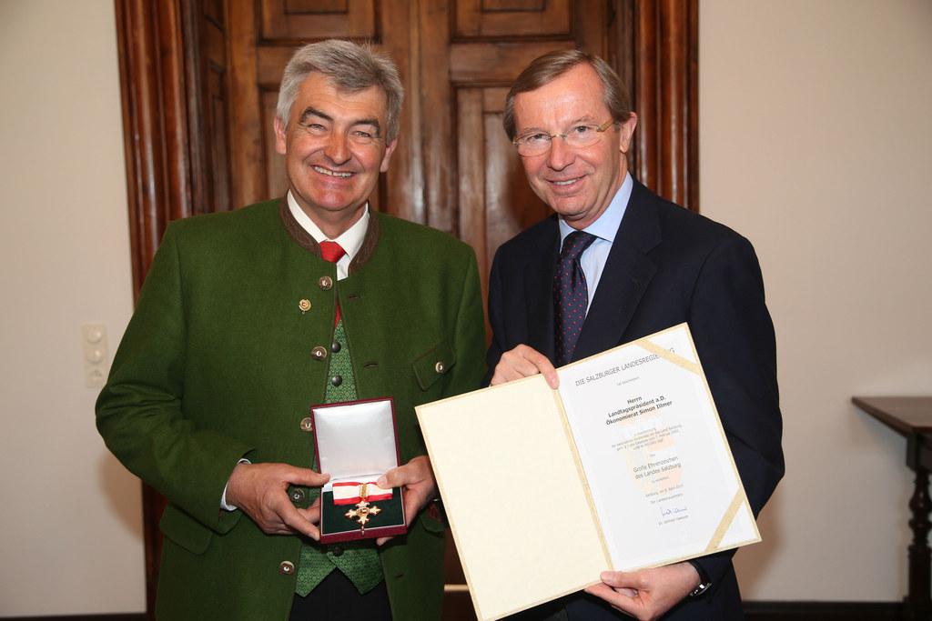 Landtagspräsidenten a.D. Simon Illmer und Landeshauptmann Dr. Wilfried Haslauer
