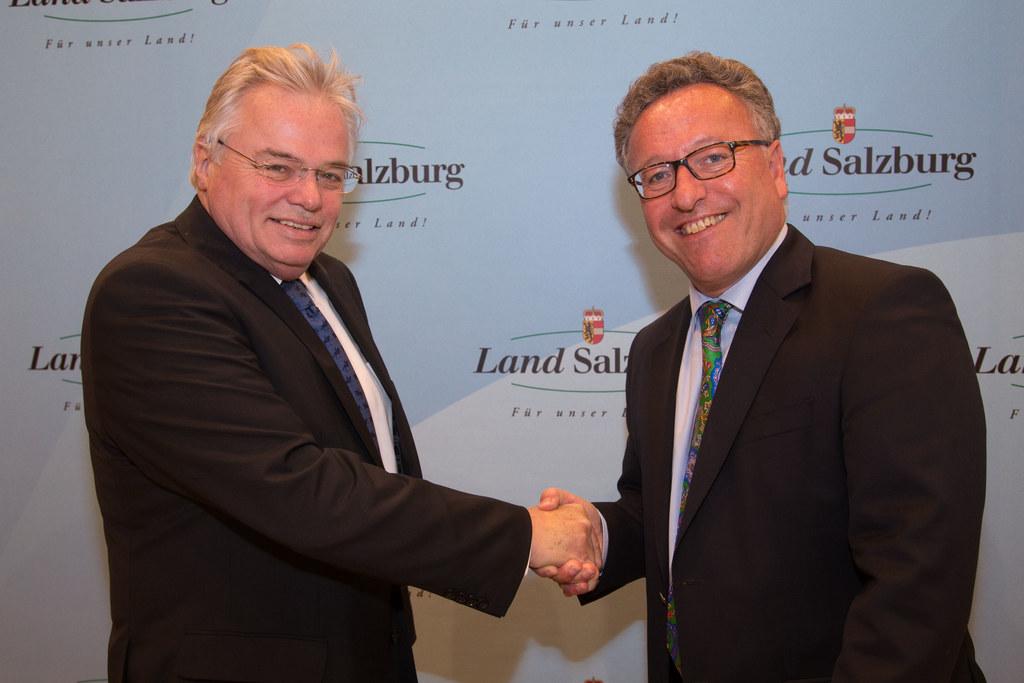Thomas Wolfram und Landesrat Dr. Heinrich Schellhorn