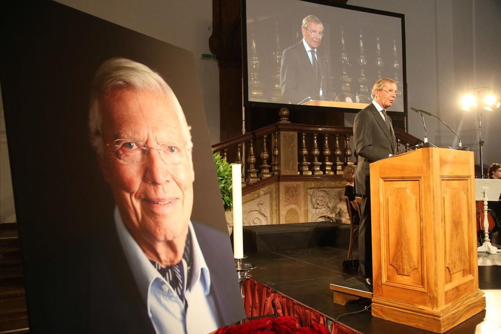 Landeshauptmann Dr. Wilfried Haslauer bei seiner Ansprache