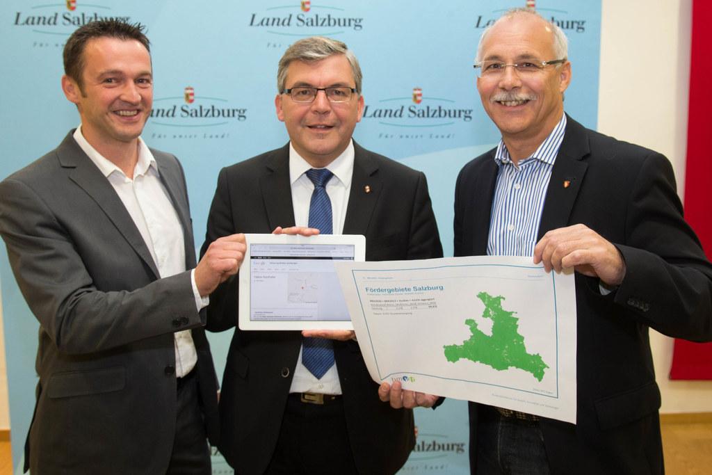 Bgm. Hannes Weitgasser, Landesrat Dipl.-Ing. Dr. Josef Schwaiger und Bgm. Günthe..