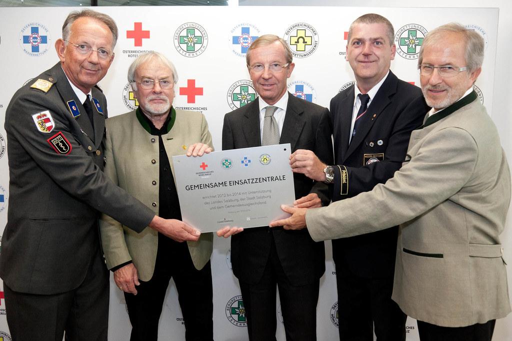 Werner Aufmesser, Praesident Rotes Kreuz Salzburg, Helmut Obermair, Hoehlenrettu..