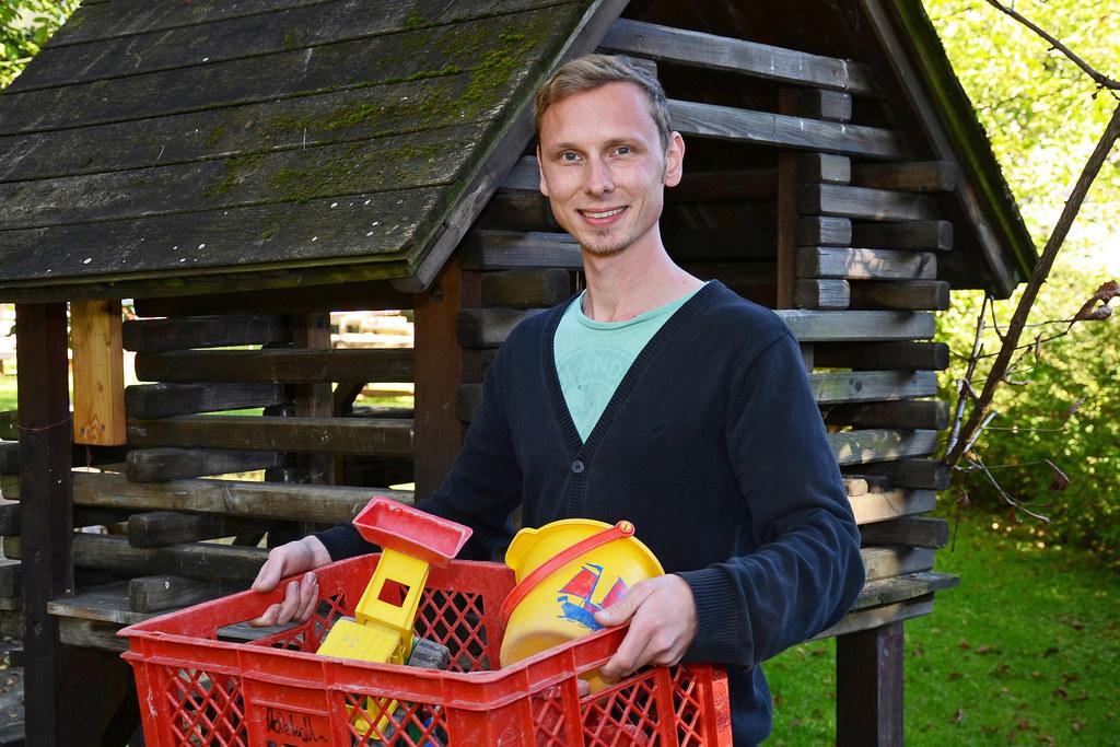 """Mag. Sebastian Wirnsberger, Leiter des Landeskindergartens Schanzlgasse und Leiter der Arbeitsgruppe """"Mehr Männer in die Kinderbetreuung"""""""