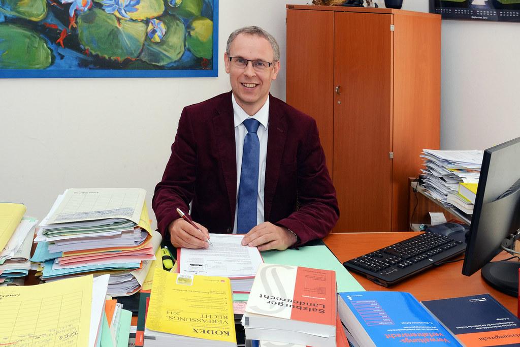 Dr. Paul Sieberer