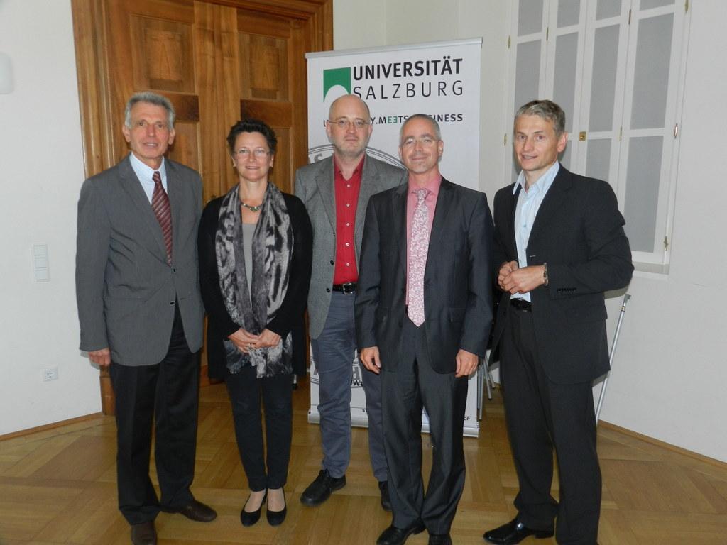 Univ.-Prof. Dr. Harald Stolzlechner, Präsidentin Hofrätin Mag. Claudia Jindra-Fe..