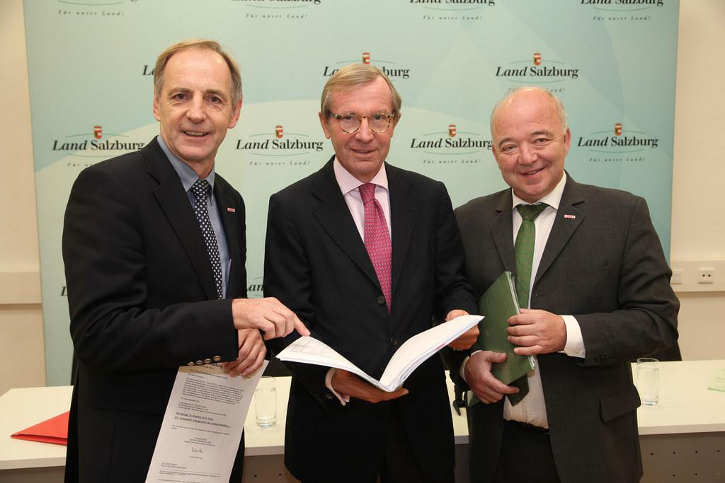 Spartenobmann KommR Josef Mikl, Landeshauptmann Dr. Wilfried Haslauer und WKS Pr..