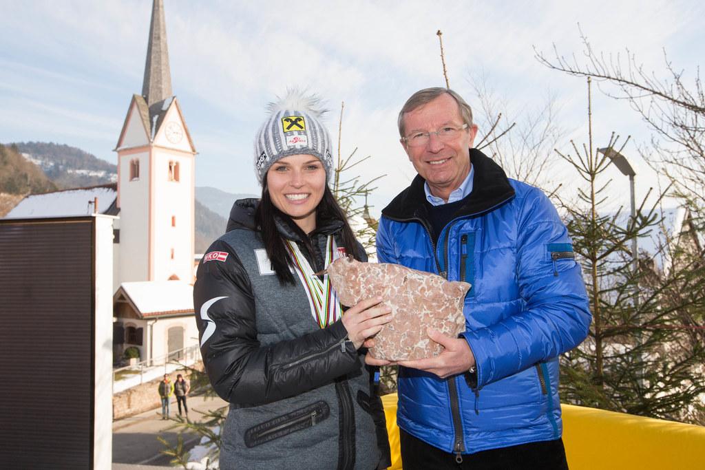 Anna Fenninger und Landeshauptmann Dr. Wilfried Haslauer