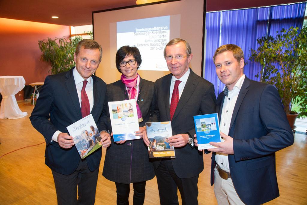 Labg. Mag. Hans Scharfetter, Manuela Bacher, Landeshauptmann Dr. Wilfried Haslau..