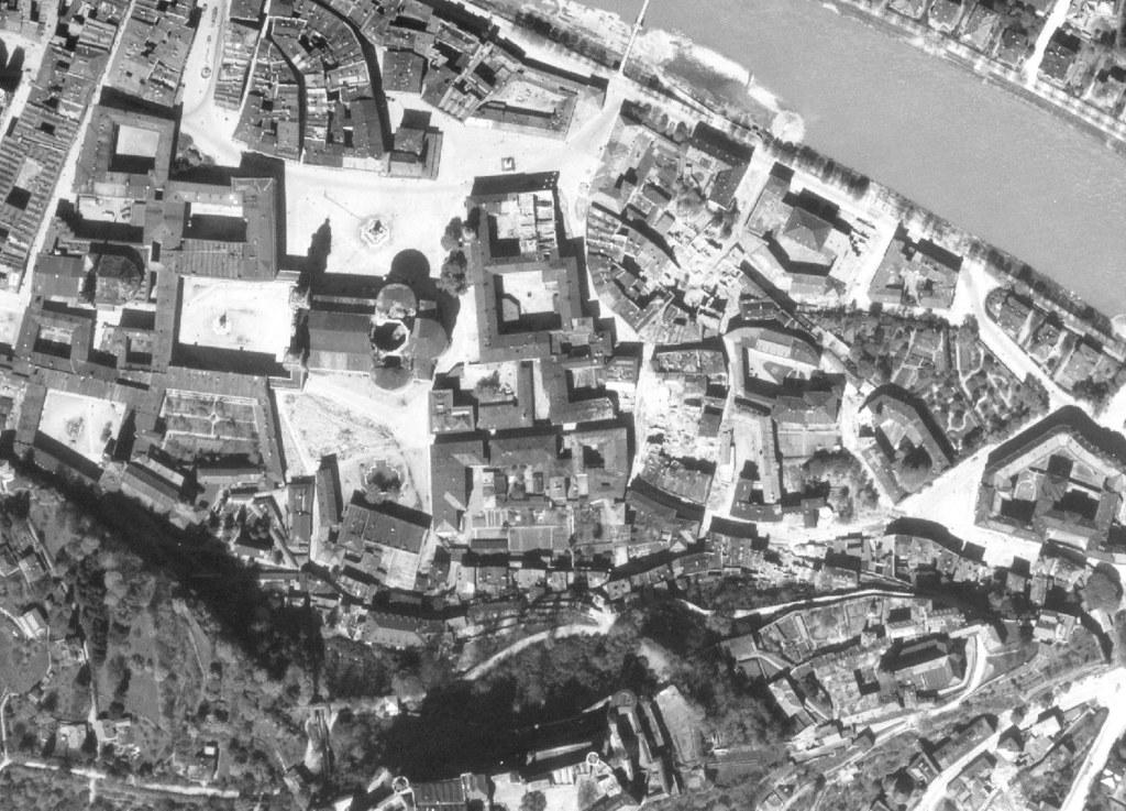 Ausschnitt der Salzburger Altstadt von 1945