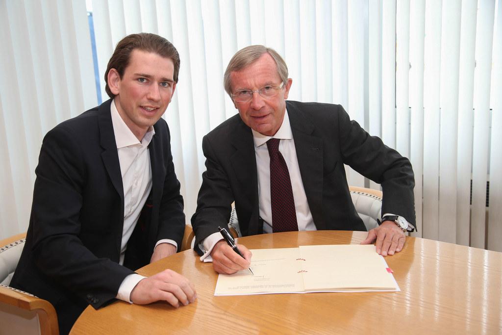 Bundesminister Sebastian Kurz und Landeshauptmann Dr. Wilfried Haslauer