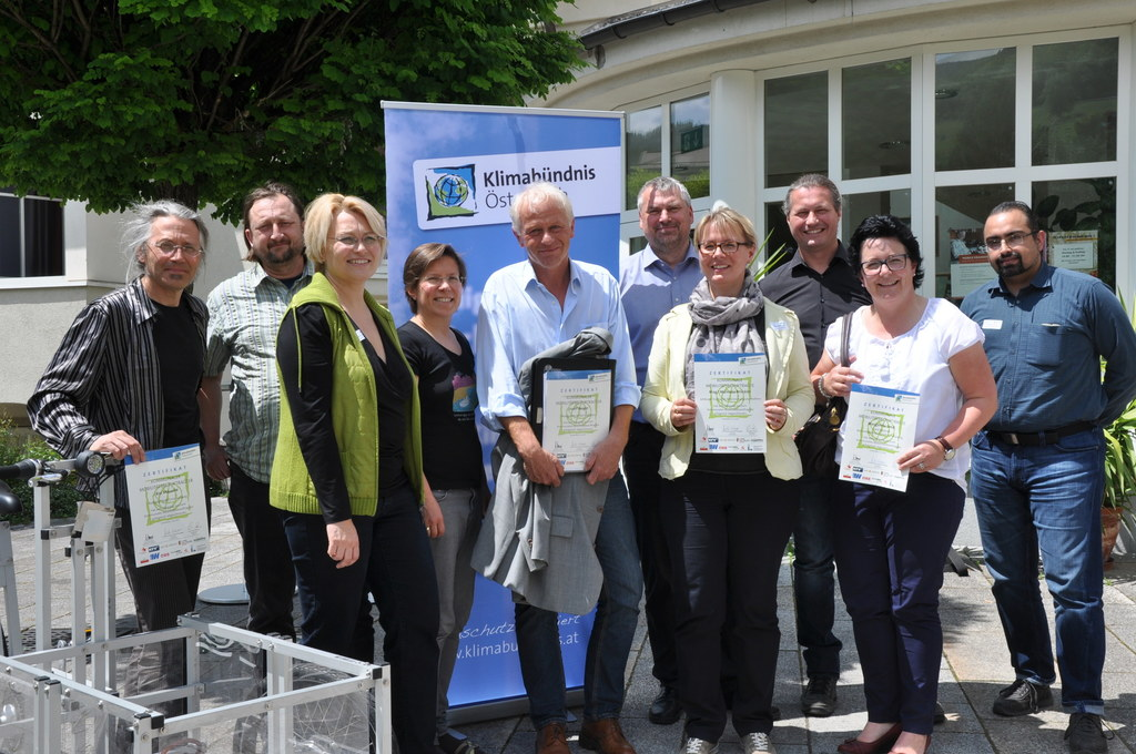 Im Bild v.l.: Rio Mäuerle, Robert Pröll, Irene Schrenk, Angela Lindner, Josef Be..