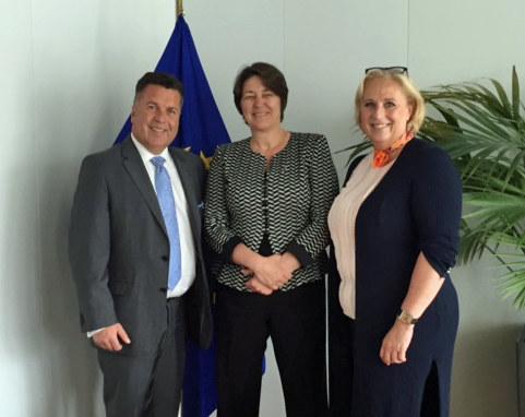 Landesrat Hans Mayr, , EU-Verkehrskommissarin  Violeta Bulc und Mag. Claudia Sch..