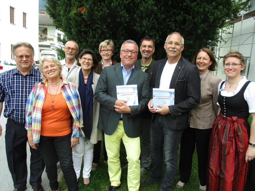 Dr. Hans Eder (Bildungswerk, Intersol), Hildegard Stofferin sen. (Pfarre), Mag. ..