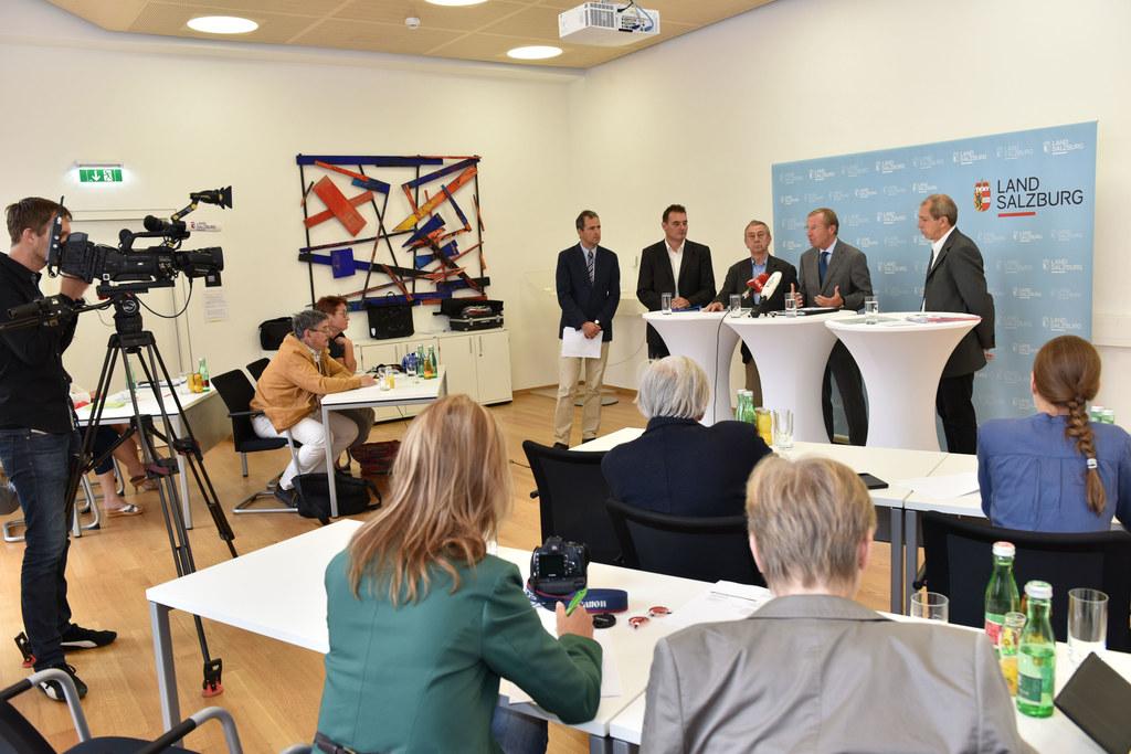 Dr. Günther Marchner, Consalis Entwicklungsberatung; Geschäftsführer Ing. Friedr..